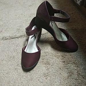 Wedge shoes (burgundy)
